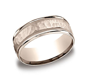 This 8mm comfort-fit carved design band features a hammered-finished center with a milgrain pattern along the high polished edge for a stylish look.