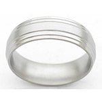 7MM FLAT TITANIUM BAND WITH A DOUBLE GROOVED EDGE. THE CENTER IS IN A SATI...