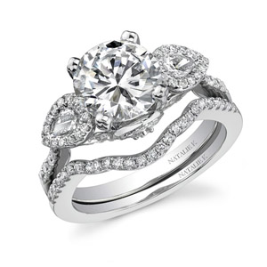 14k White Gold Three Stone Pear Shaped Diamond Bridal Ring Set